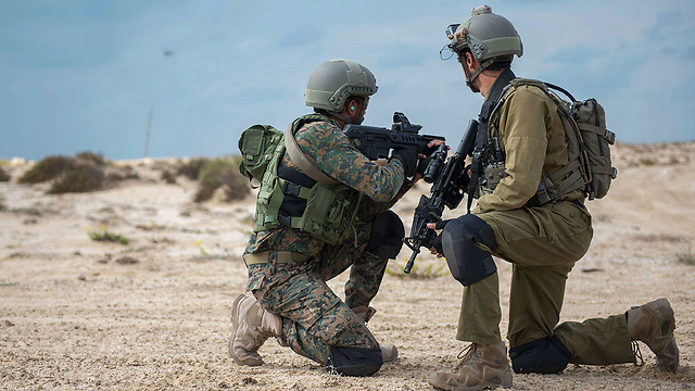 Israel Defence Forces perform rescue missions with Indian GARUD Commandos