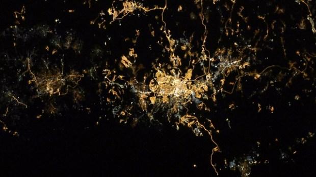 Иерусалим. Фото в большем приближении (Photo: Randolph Bresnik, NASA)
