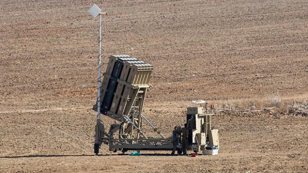 """Батарея системы """"Железный купол"""". Фото: EPA (Photo: EPA)"""