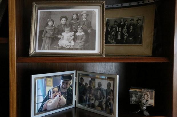 Семейные фотографии Уолтера Бингэма. Фото: Офер Меир