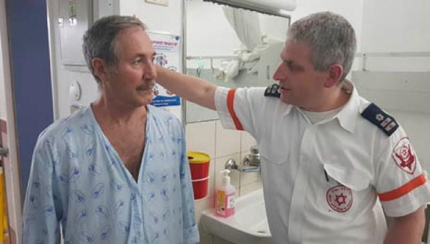 Павел и парамедик Коби