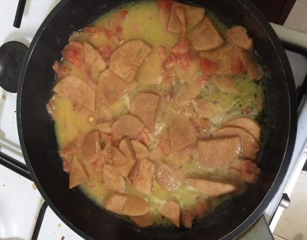 Вот так это выглядит на сковородке