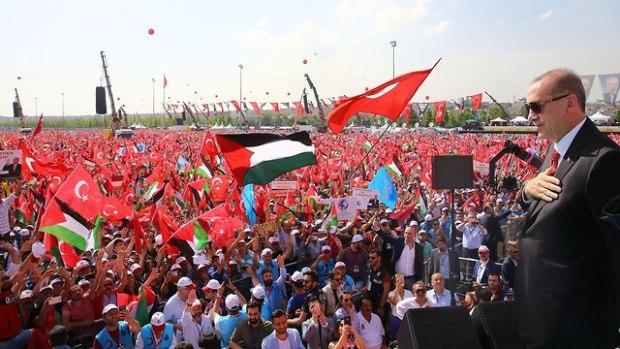 Президент Реджеп Тайип Эрдоган на антиизраильской демонстрации в Стамбуле. Фото: AFP (Photo: AFP)