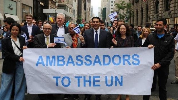Постпред Израиля в ООН Дани Данон на марше cолидарности. Фото: делегация Израиля в ООН (Photo: Israeli Mission to the UN)