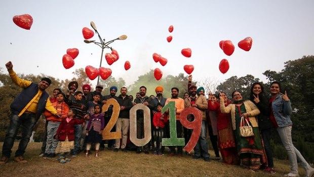 Индия встречает Новый год. Фото: ЕРА (Photo: EPA)
