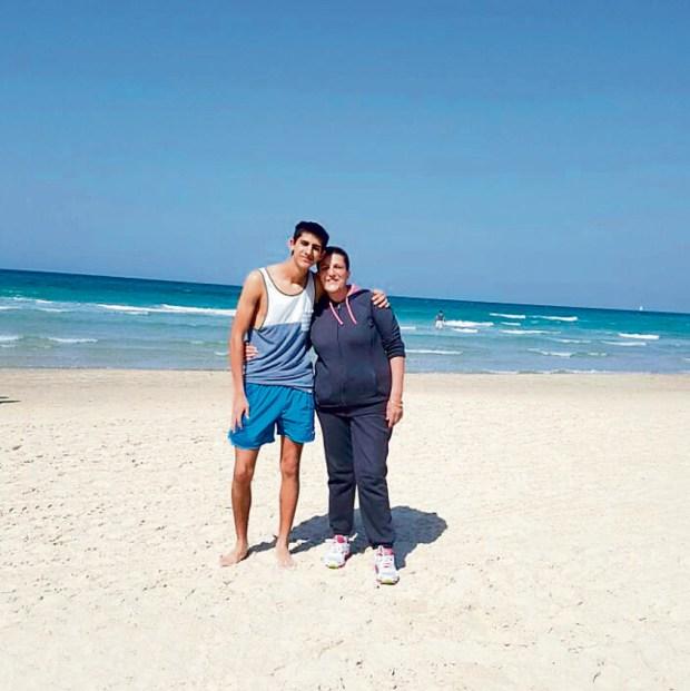 Эвьятар с мамой
