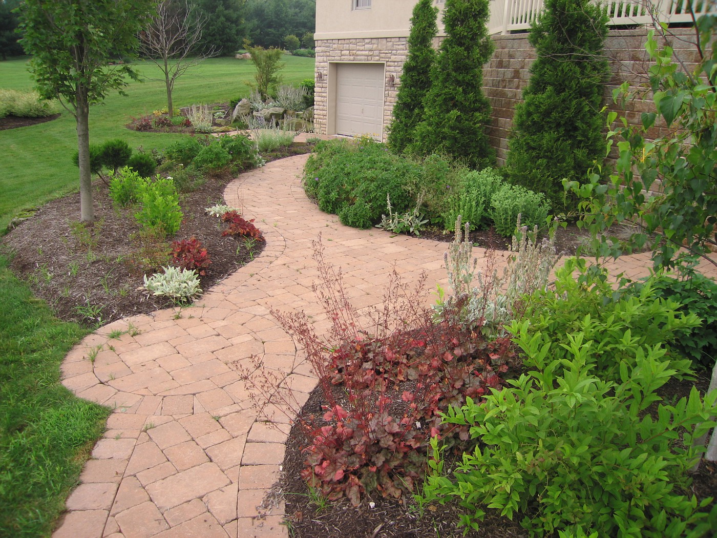 finished landscape-design