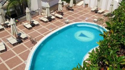 Tragedia a Sperlonga, morta a 13 anni: le foto dell'hotel e della piscina dove nella quale la ragazza si è sentita male