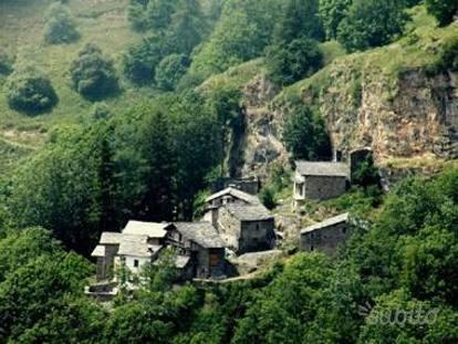 Cuneo Borgo Alpino Vendesi Su Subitoit A 360mila Euro