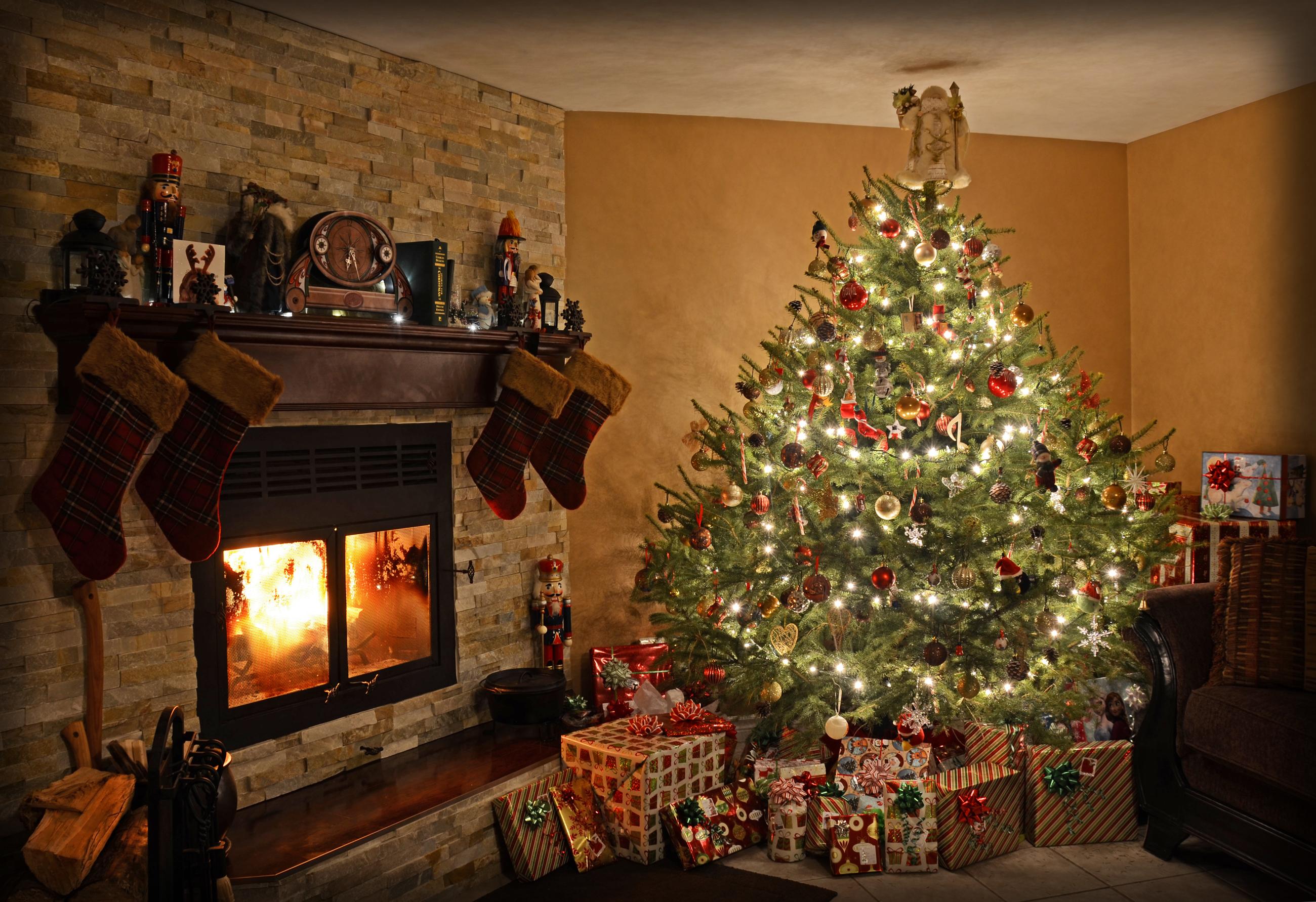 Cozy Fireplace Wallpaper 1440x900