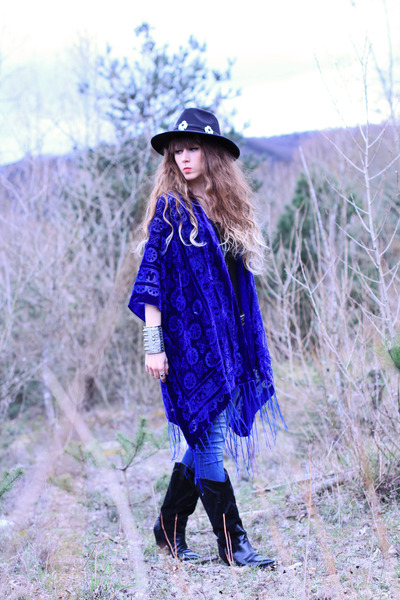 blue Doll Poupée jacket - black vintage boots - navy salsa jeans