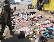 Vestiti ed effetti personali delle vittime (Afp)