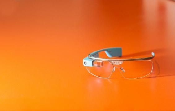 Ecco i Glass in tutto il loro (tecnologico) splendore