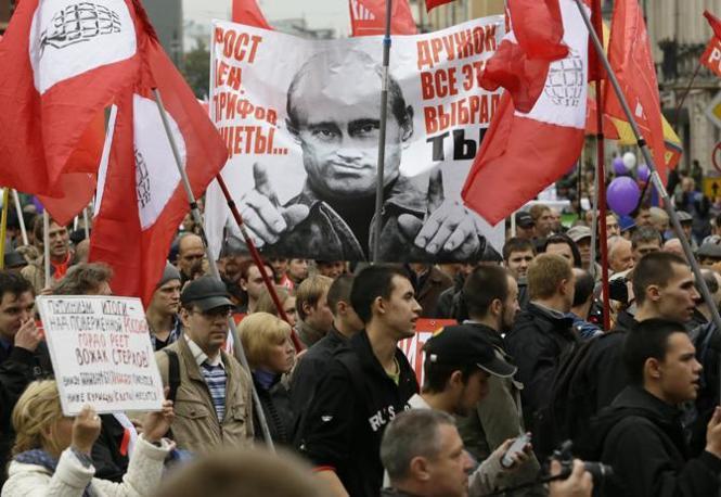 Mosca, manifestazione anti Putin (Ap)