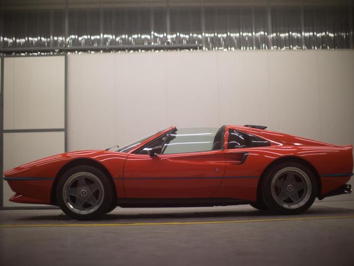 मैग्नम पीआई फेरारी 308 जीटीएस पुनर्जन्म है