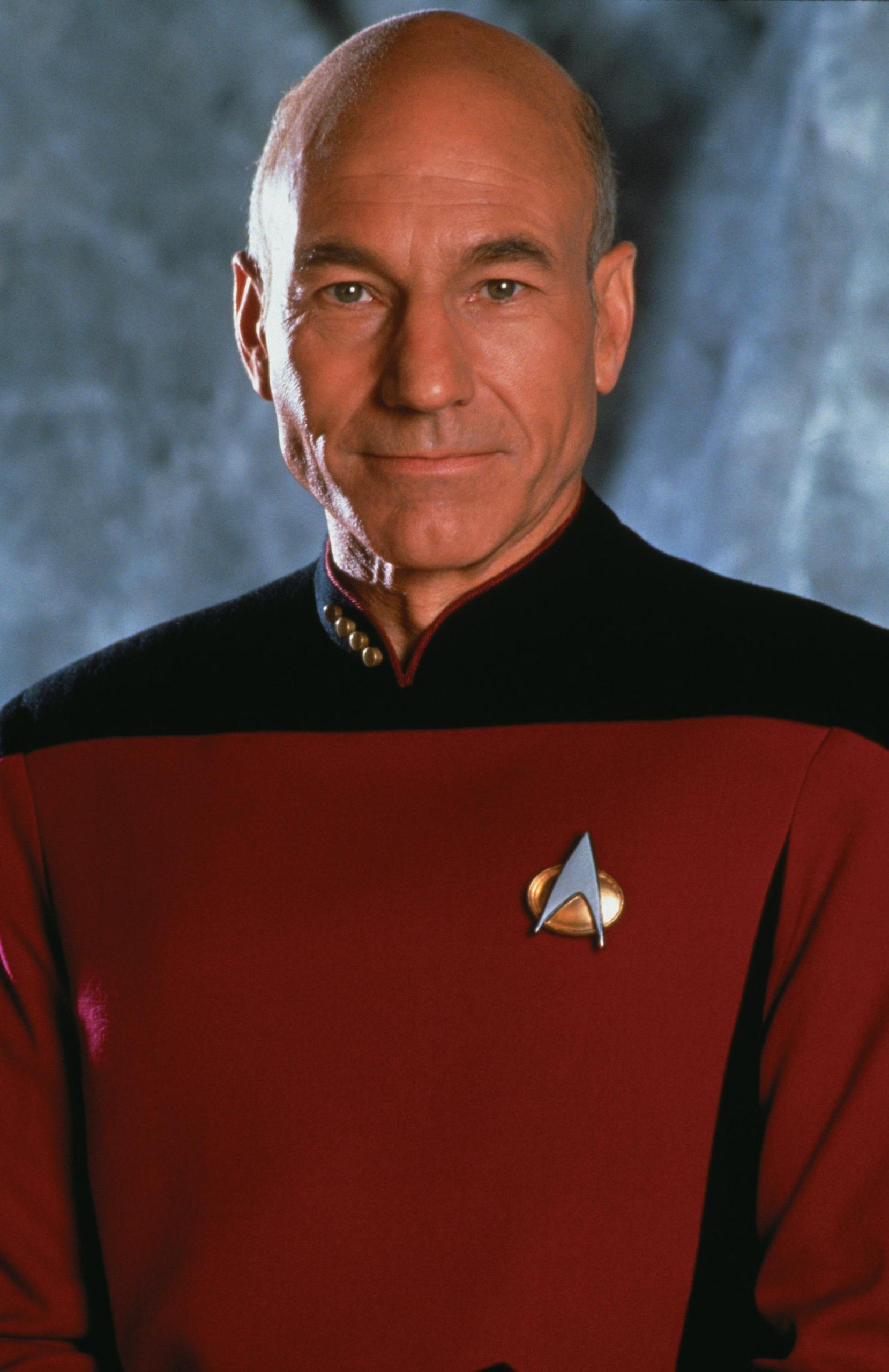 Jean-Luc Picard - Brought to you by www.fanpop.com