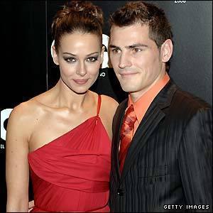 https://i2.wp.com/images2.fanpop.com/images/photos/3400000/Iker-Casillas-s-girlfriend-Eva-Gonzalez-wags-3429531-300-300.jpg