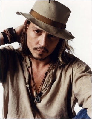 https://i2.wp.com/images2.fanpop.com/images/photos/5200000/johnny-depp-sexy-johnny-depp-5235458-308-400.jpg