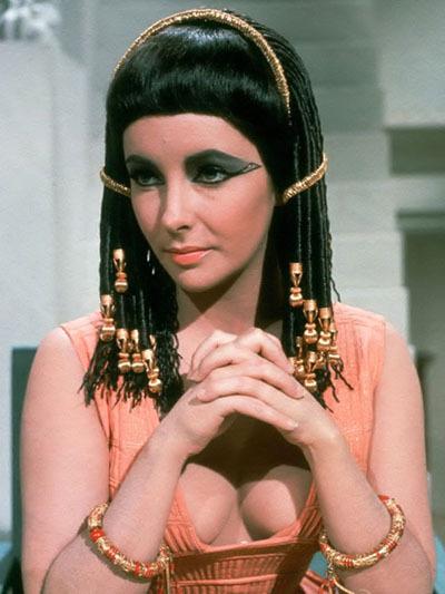 Elizabeth-Taylor-in-Cleopatra-elizabeth-taylor-6523993-400-533.jpg