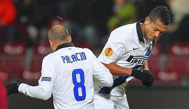 Il balletto di Rodrigo Palacio e Fredy Guarin dopo il primo gol