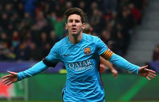 Le braccia larghe di Leo Messi hanno salvato Garcia: senza il suo gol, chissà come sarebbe finita a Leverkusen. Getty