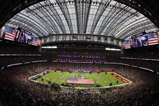 New England dà vita alla più grande rimonta della storia del Super Bowl per battere Atlanta 34-28 ai supplementari e aggiudicarsi il suo quinto titolo Nfl. (AP)