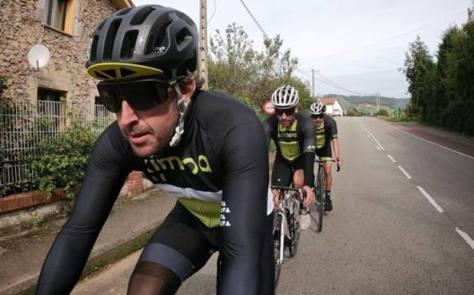 Fernando Alonso e l'ultima foto postata sul suo profilo instagram: allenamento in bicicletta