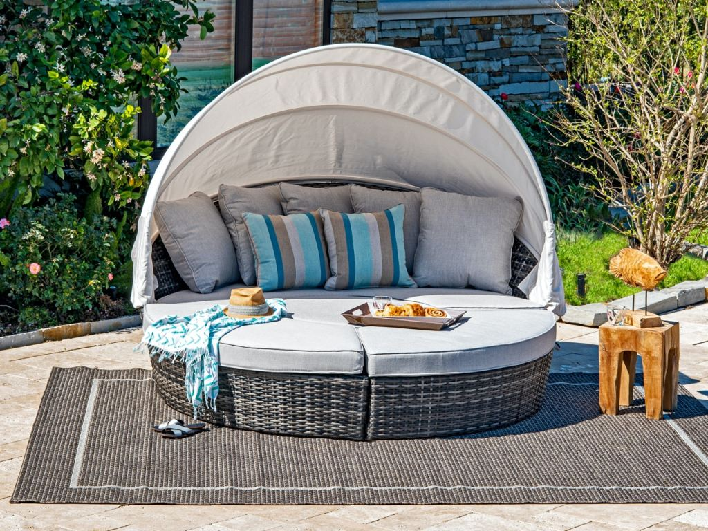 havana husk outdoor wicker and cast silver cushion 4 pc daybed with canopy