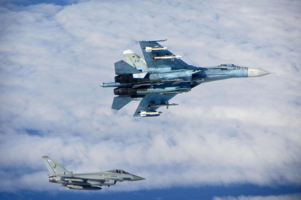 Bliski susret SU-27 i Tornada, Foto: Reuters