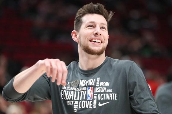 San Antonio Spurs: Three players Drew Eubanks should study