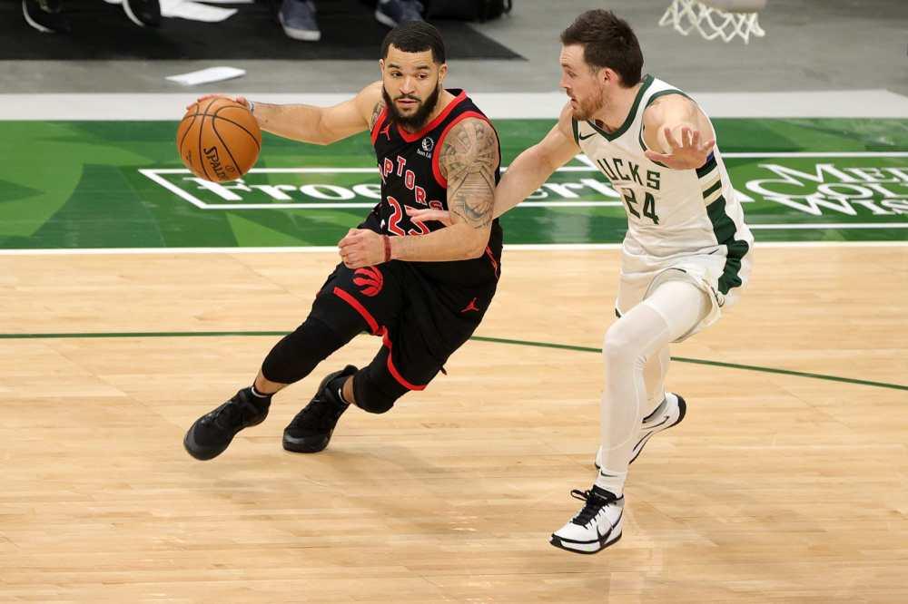 Αποτέλεσμα εικόνας για Toronto Raptors Milwaukee Bucks 124-113