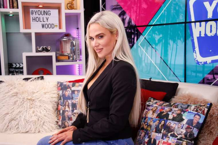 WWE wastes months of storytelling by pulling Lana from TLC