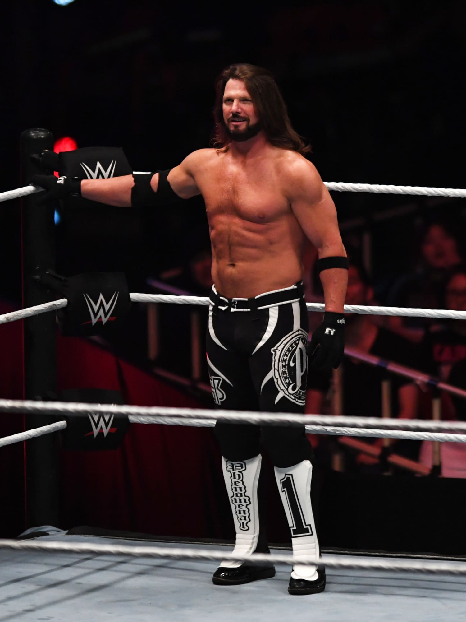 WWE should book AJ Styles/Drew McIntyre for WrestleMania 37
