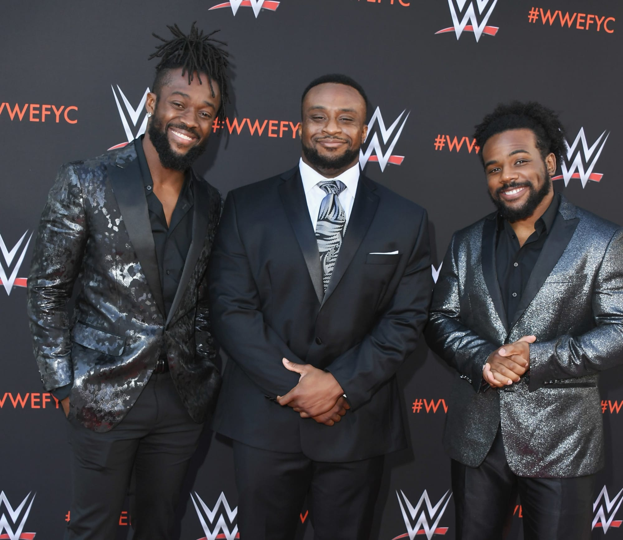 Photo of WWE Smackdown: The New Day take a knee in support of Black Lives Matter protests