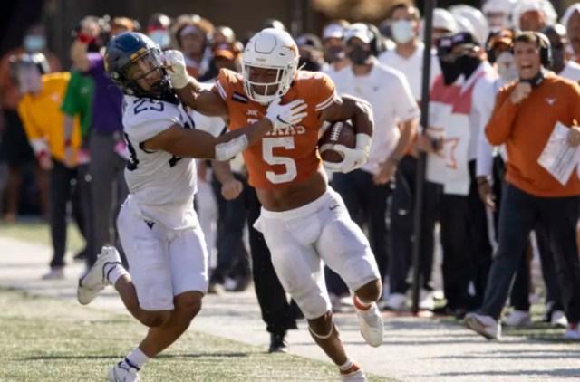 Texas Football: Bijan Robinson wins Big 12 Newcomer of the Week