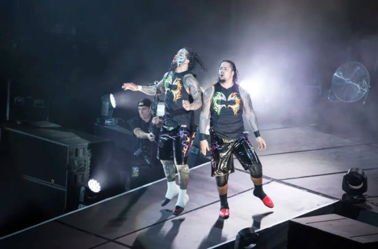 COLOGNE, GERMANY - FEBRUARY 11: The Usos during WWE Road to WrestleMania at the Lanxess Arena on February 11, 2016 in Cologne, Germany. (Photo by Marc Pfitzenreuter/Getty Images)