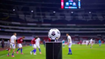 The Concacaf Champions League ball.