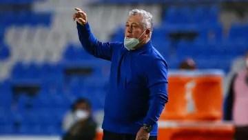 Coach Victor Manuel Vucetich.