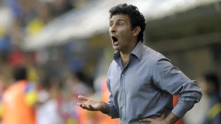Argentinos Juniors' coach Leonardo Astra