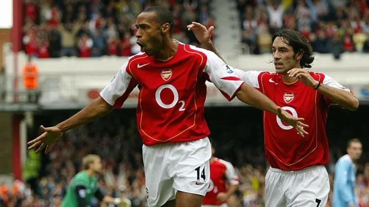 El delantero francés del Arsenal Thierry Henry (