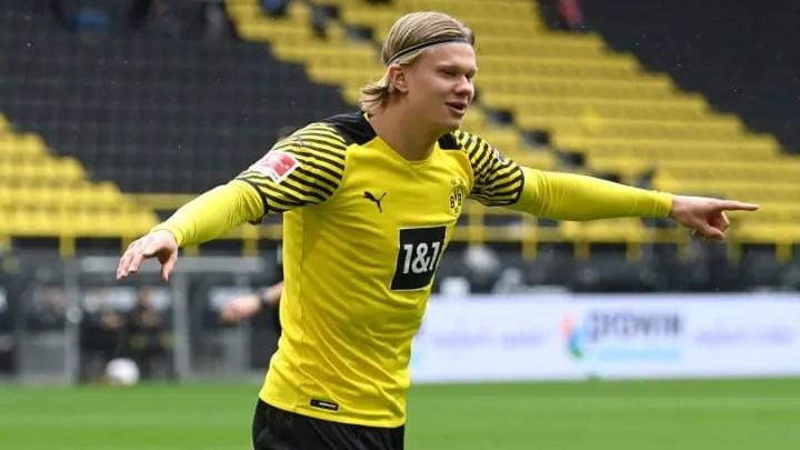 Borussia Dortmund v Bayer 04 Leverkusen Bundesli dfd51bc39875e0d2818f31e06638678d