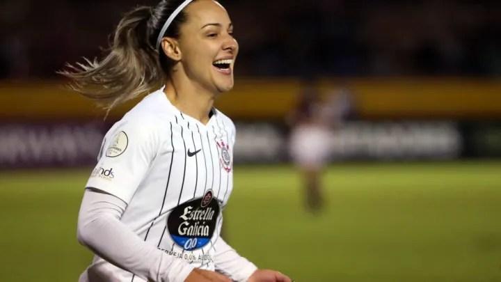 Giovanna Crivelari, left Corinthians and joined Levante
