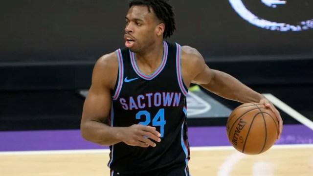 Oklahoma City Thunder vs Sacramento Kings prediction and NBA pick straight up for tonight's game between OKC vs SAC.