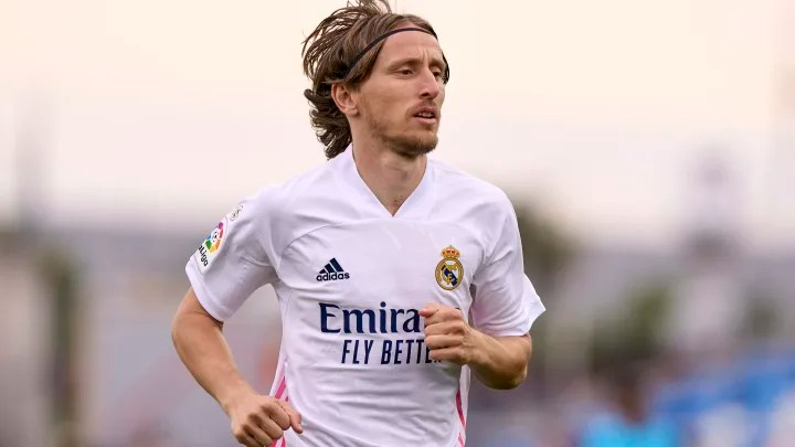 Luka Modric signs new one-year Real Madrid contract