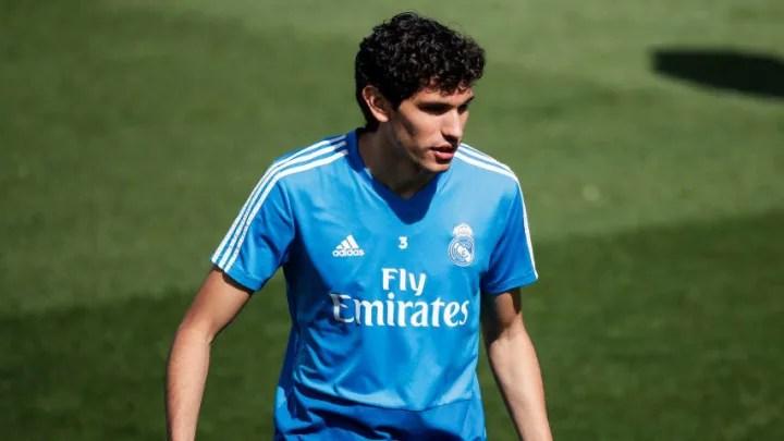 Training Real Madrid fa72d8f3399a3dfad78d902eb42dc6e0