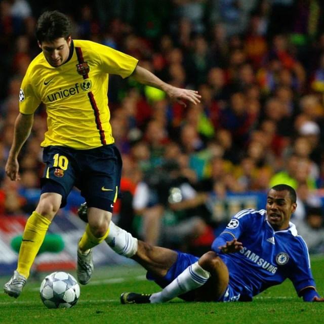 Ashley Cole, Lionel Messi