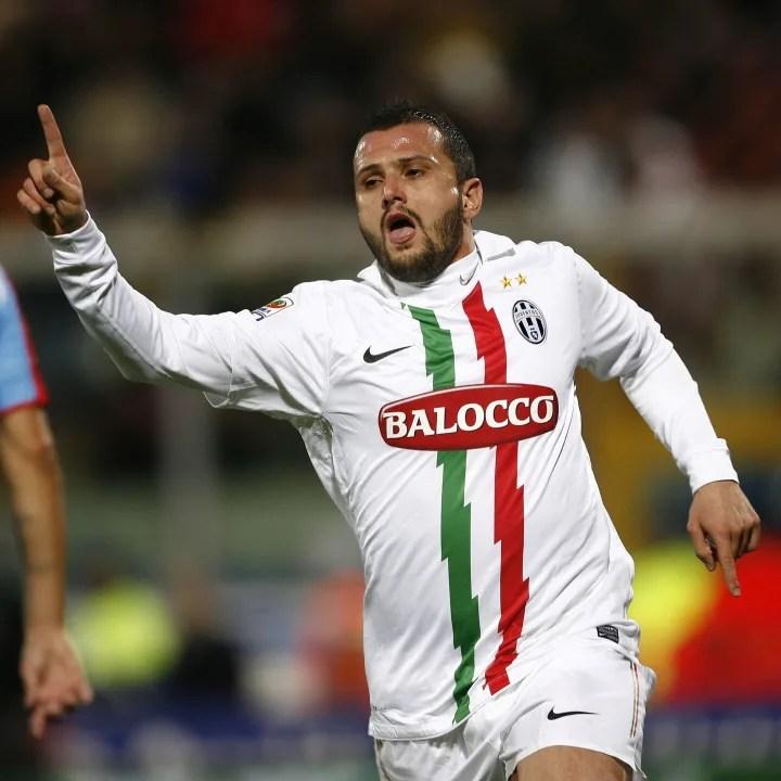 Juventus' midfielder Simone Pepe jubilat