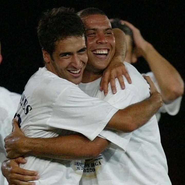 Real Madrid Brazilian Ronaldo (R) and Ra