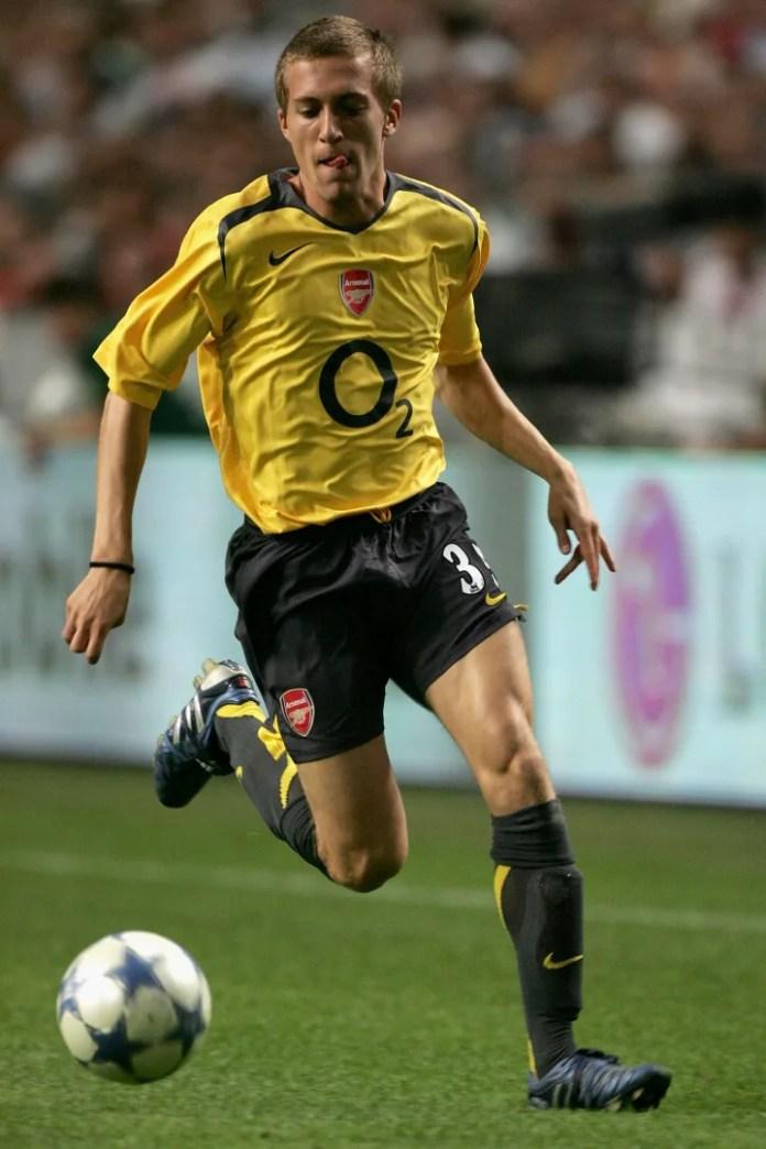 Lupoli luajti vetëm nëntë herë për Arsenalin para se të largohej për Fiorentina