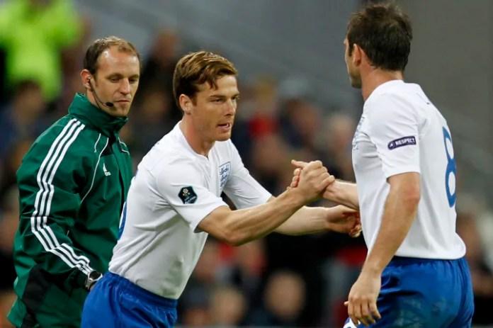Futbollisti i Anglisë, Frank Lampard (R) është